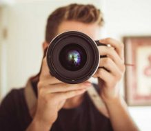 Make Your Corporate Headshot Photos Look Perfect by Hiring Professional Photographers